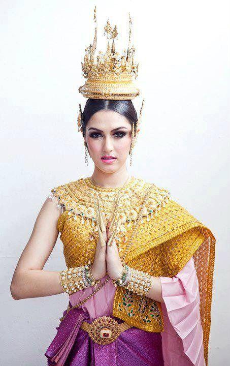 Stunning Wedding Gowns From Across Asia Letterpress Wedding