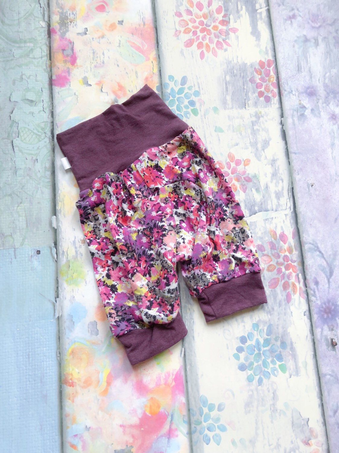 Floral Girls Large Shortiloones   1-4yrs   Grow With Me Shorts, Butt Circle Shorts, Cloth Diaper Shorts, Short Maxiloones, Toddler Shorts #toddlershorts
