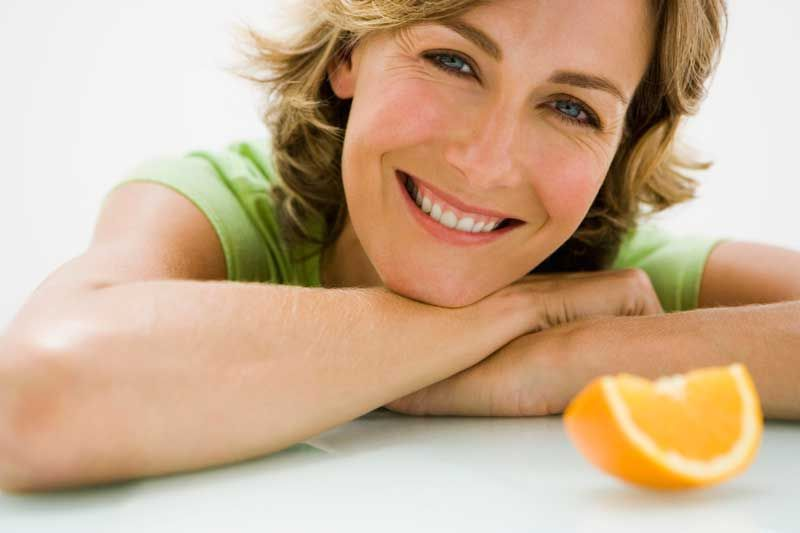 6 Compelling Reasons to Add Vitamin C Serum to Your Regimen