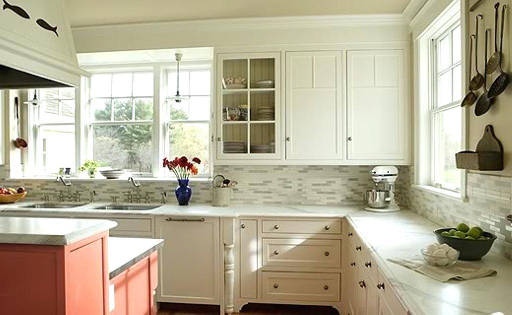 Beautiful Kitchen Backsplash Ideas For White Cabinets ...