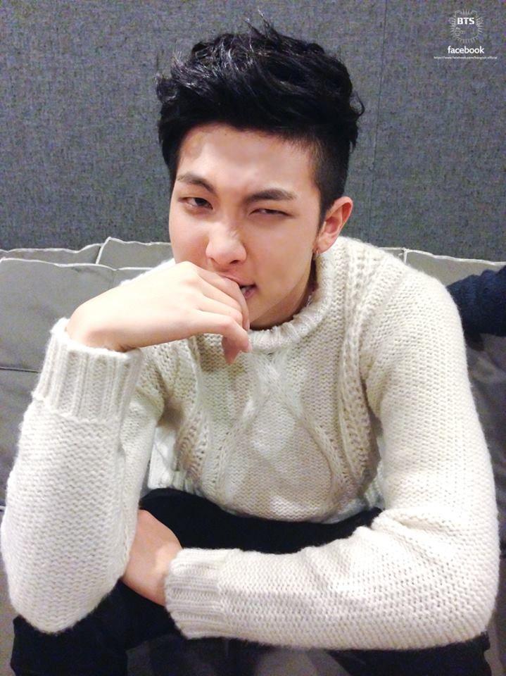 [Perfect Christmas with BTS] 랩몬이는 현재 차례를 기다리고 있습니다.