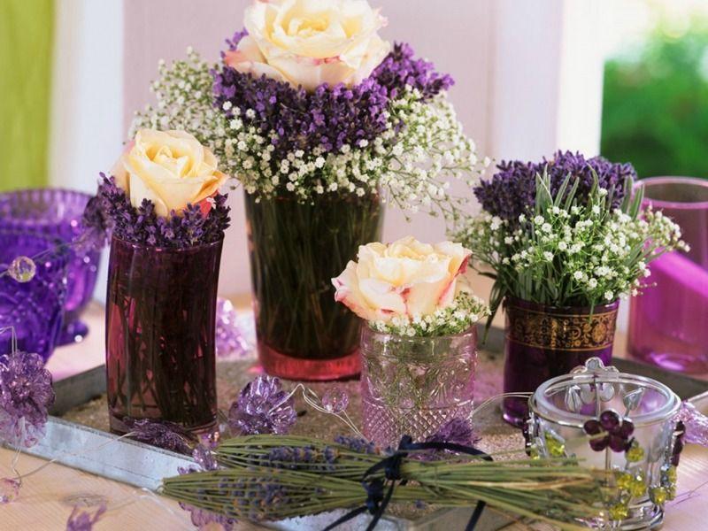 Pin Von Meike Altmann Auf Deko Tisch Schleierkraut Blumenarrangement Tischdekoration