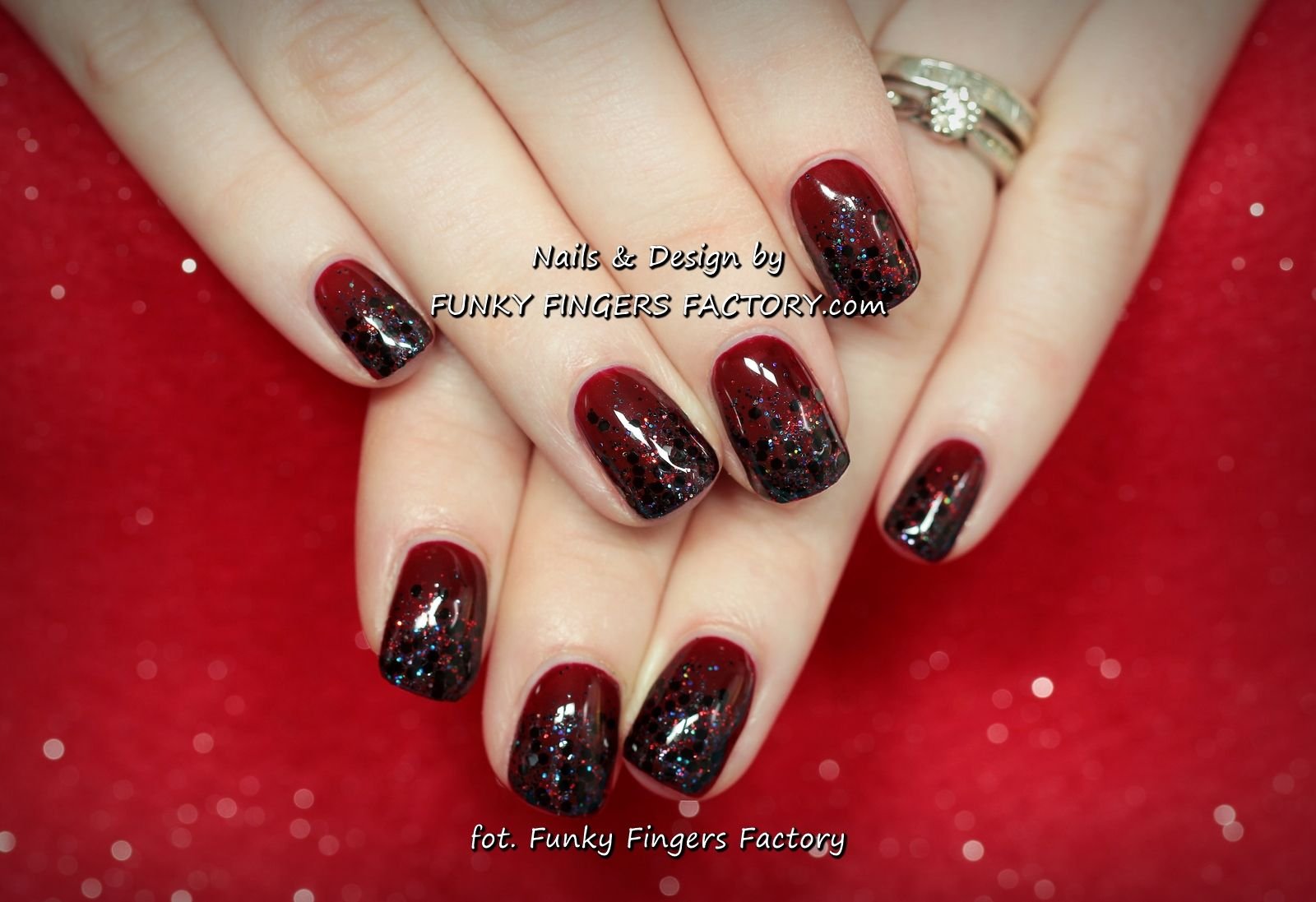 Gelish Dark Berry Christmas Glitter nails by www.funkyfingersfactory ...