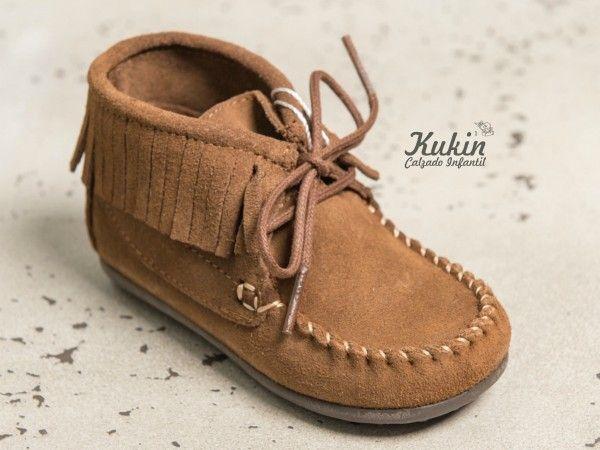 49ecc48df botas niño taupe - calzado infantil - zapatería infantil online - mohicanas  niño