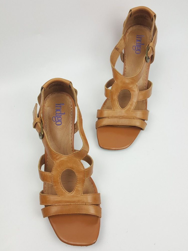 Clarks Indigo shoes 8.5 M light tan brown leather strappy sandals closed  back #Clarks #