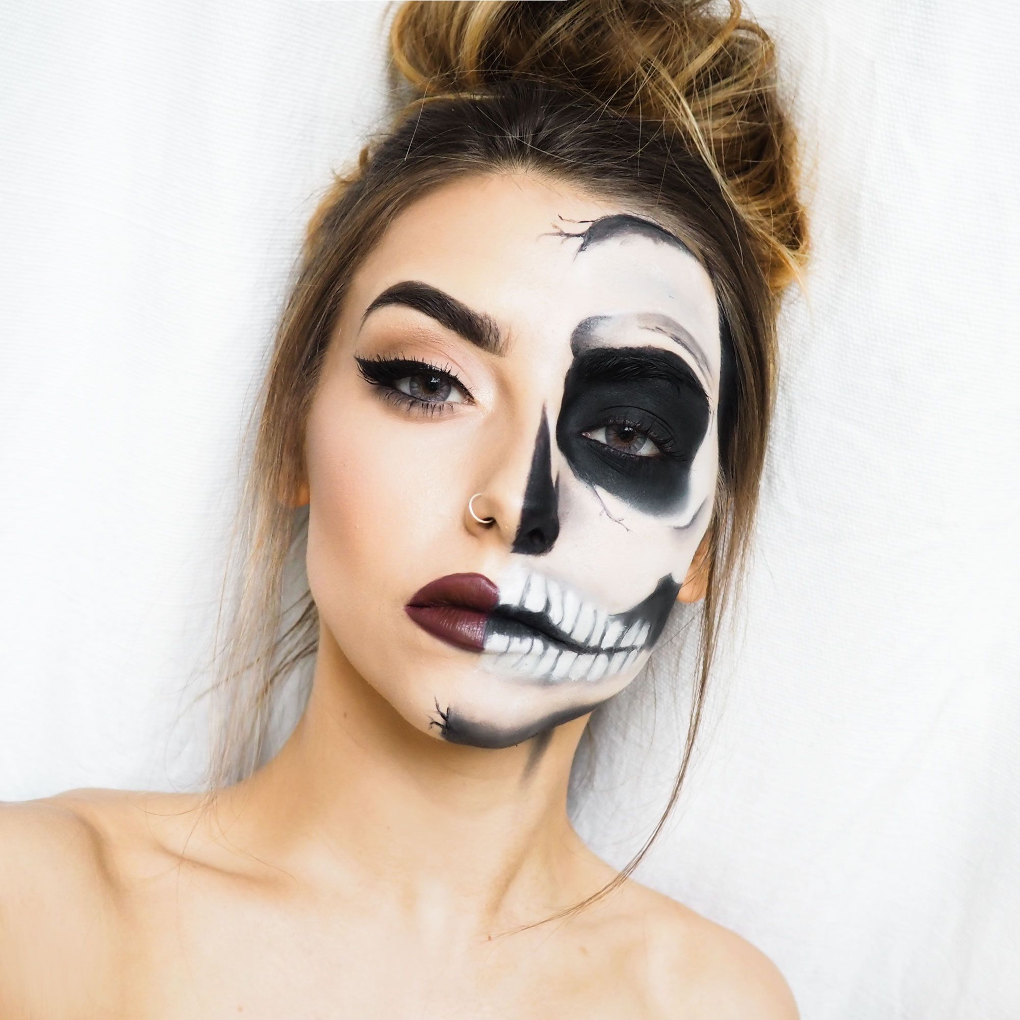Halloween Make Up Skelet.Half Skull Halloween Makeup Tutorial Cocochicblog