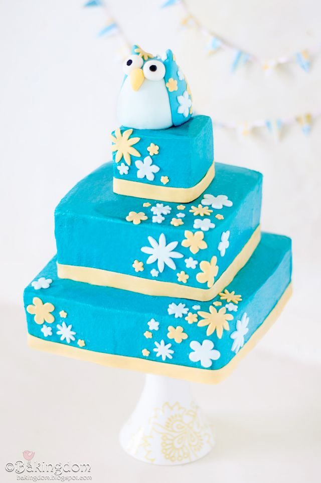 Pretty 3 tiered cake