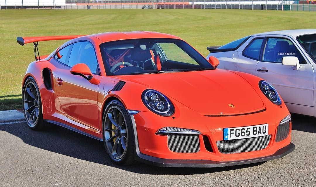 GT3 RS. #porsche911gt3rs #porsche #porsche911 #911gt3rs #gt3 #gt3rs #rs #gt #supercars #silverstone by sir_cars