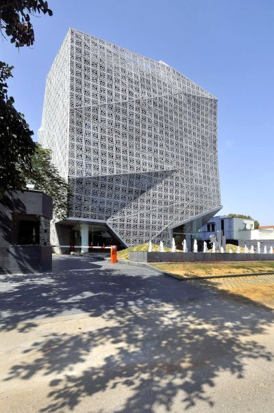 15 Most Beautiful Office Buildings On Earth Rediff Com Business