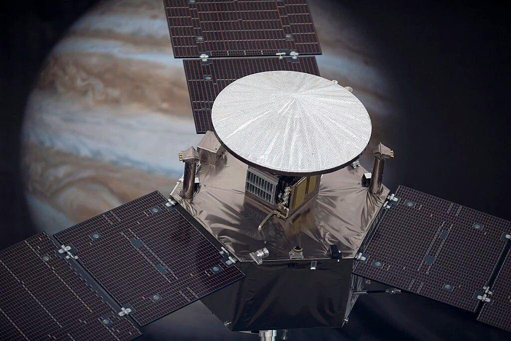 La sonda spaziale della NASA entra nella storia come la sonda che più si è approssimata al pianeta