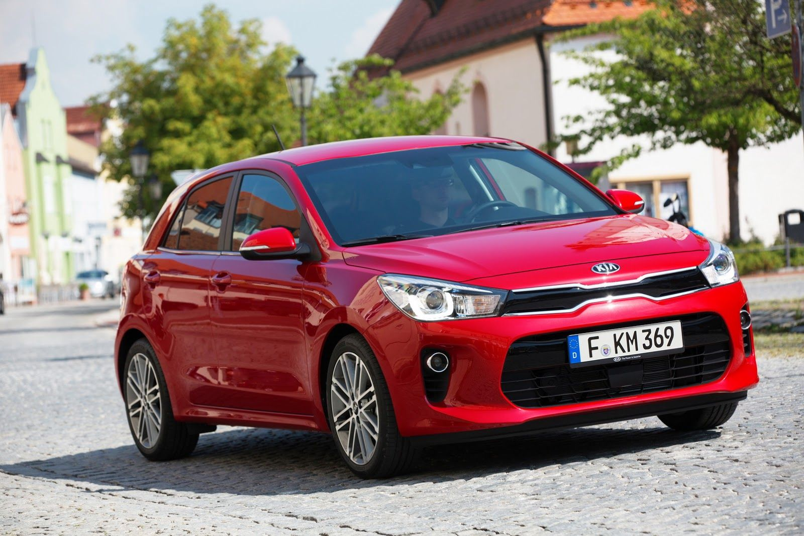 New Kia Rio Detailed Ahead Of Paris Rebut To Go On Sale In Q1