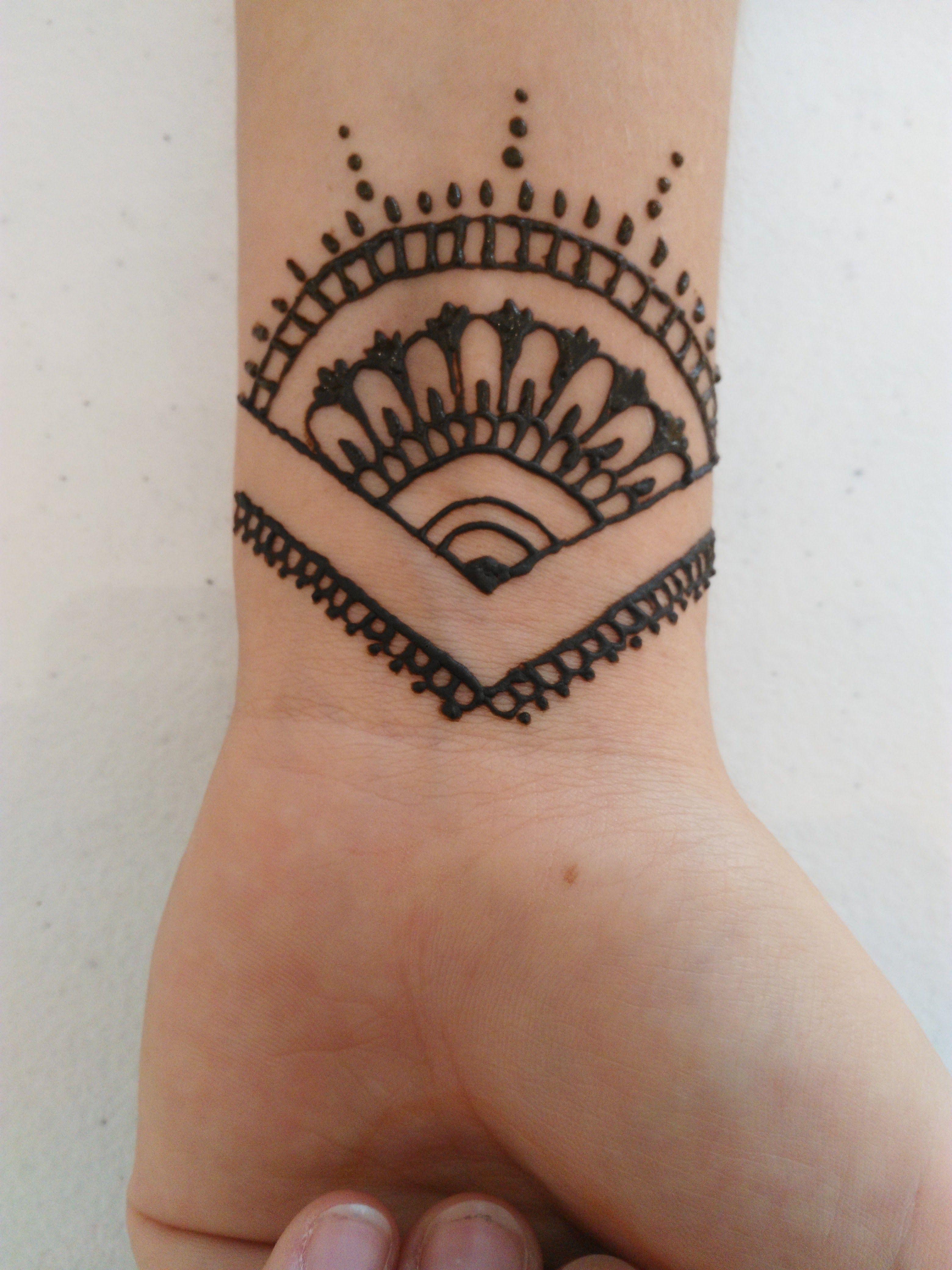 simple wrist tattoo t
