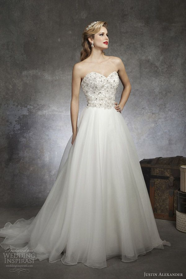 Justin Alexander Spring 2017 Strapless Wedding Dress Style 8670