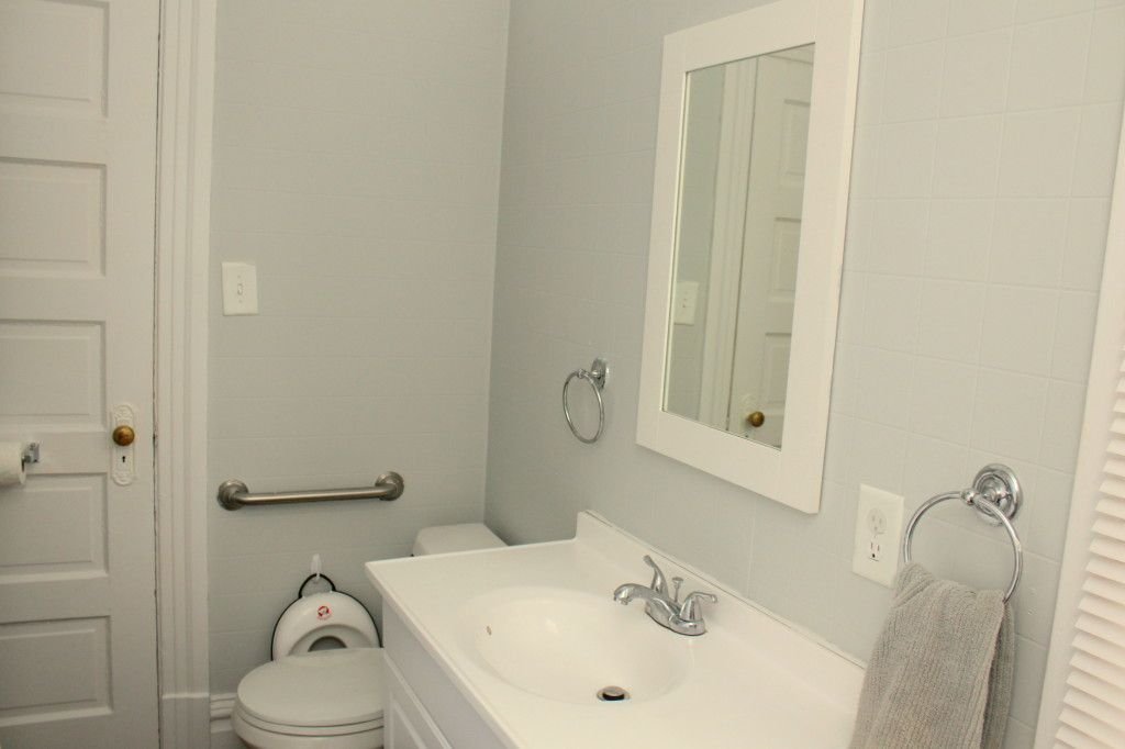 Another Thrifty Bathroom Redo | Living In The Green Olympic Faint Flicker  Paint