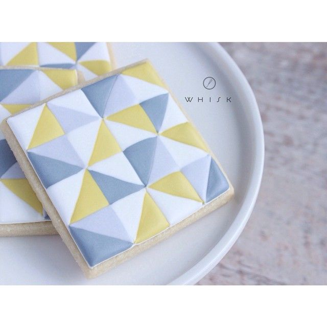 geometric cookie - designed by @kardzkouture // shopthewhisk