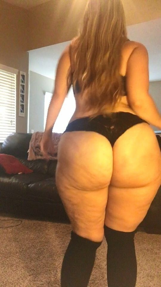BBW Spreads Ass