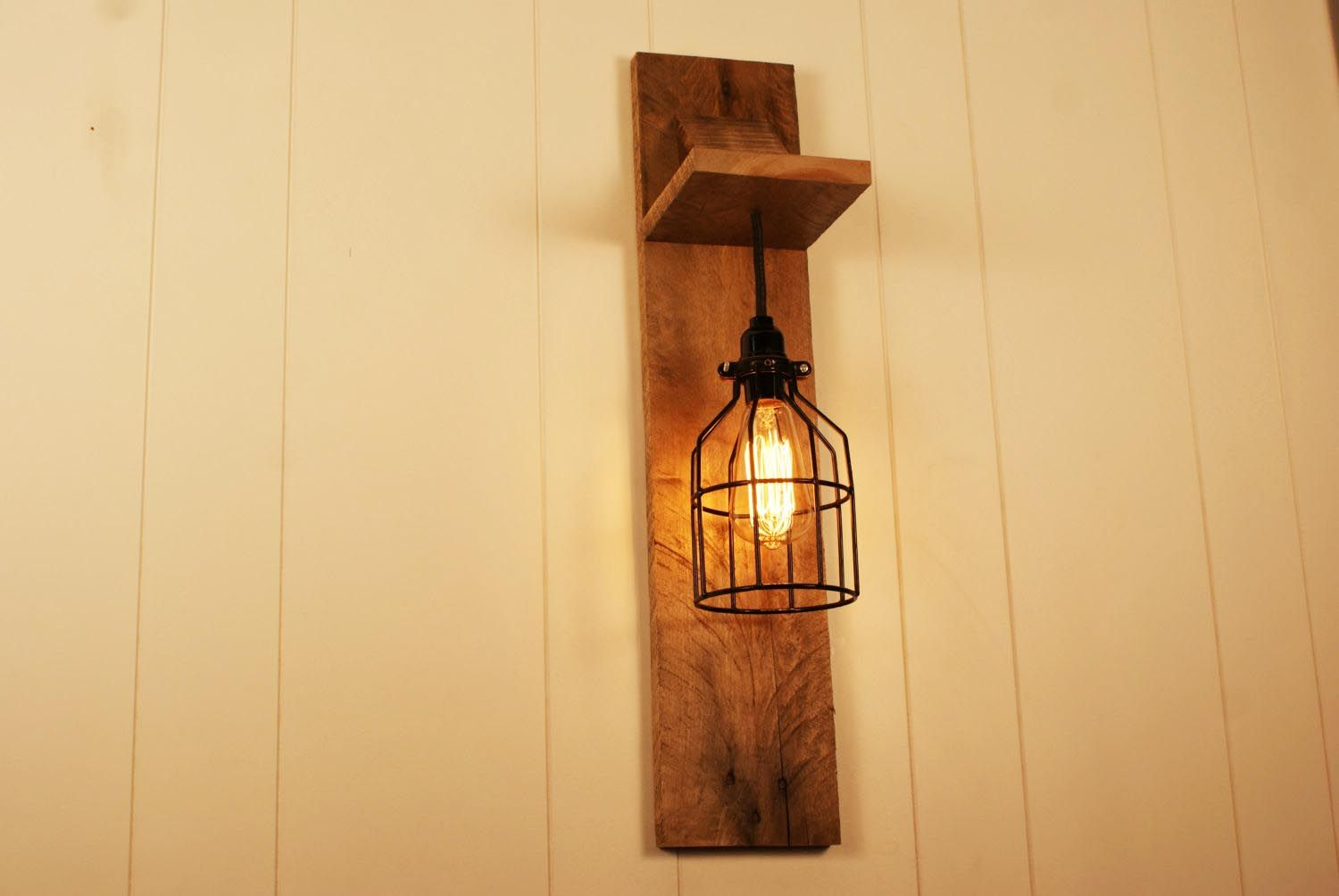 Wall Light Fixtures | Types: Plug In, Sconce, Mounted Lights ...