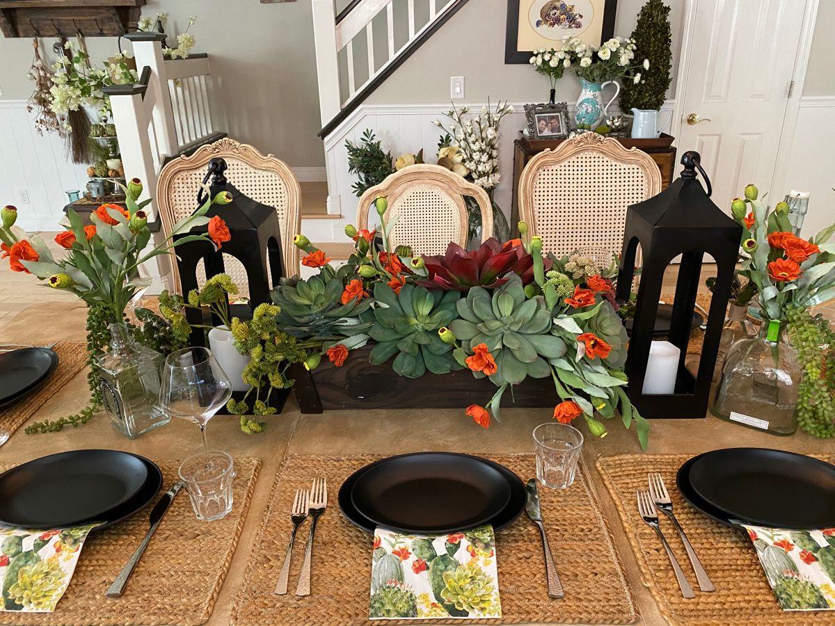Suculent table #tablescape #tabledecor #tabledecorations #tabletop