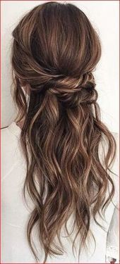68 Ideas Wedding Hairstyles For Long Hair Half Up Curls Simple Curls Hairstyles Ideas Simple Wedding Long Hair Wedding Styles Half Up Curls Half Up Hair