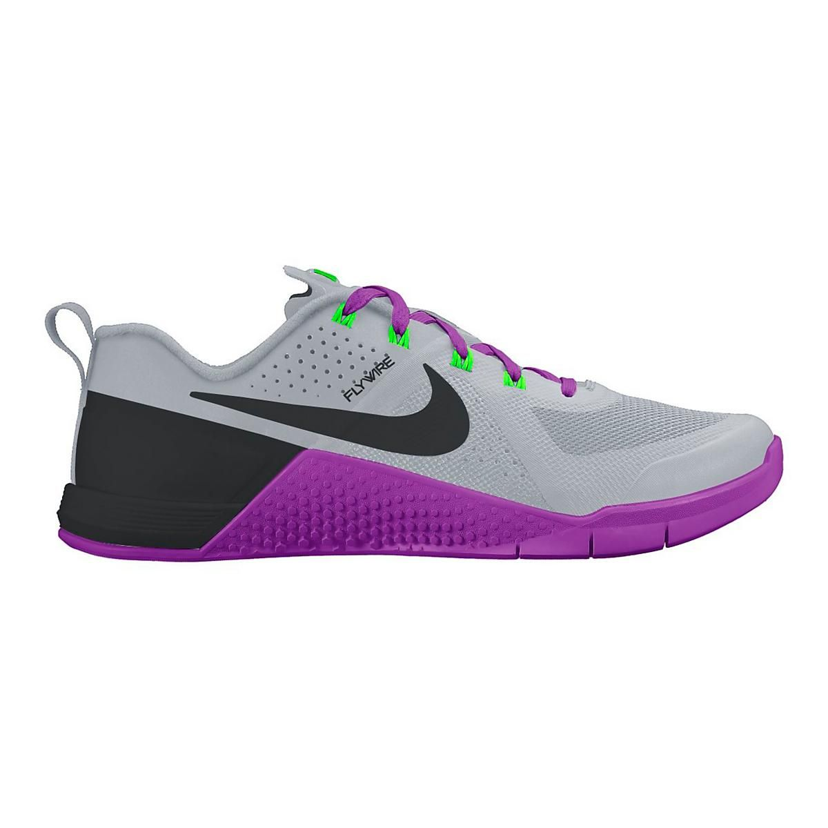 buy online e7157 8463d Nike Retcons BlackWhite - Size 9. From RoadRunner. Mis nuevos tenis para  entrenar 2016