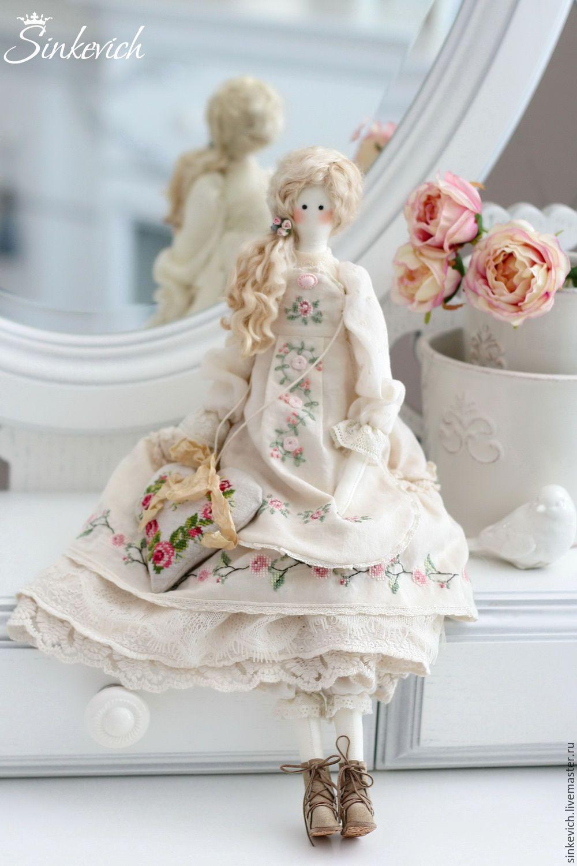 Купить Лючия - тильда, вышивка, кукла текстильная, кукла интерьерная, кукла Тильда, для дома и интерьера
