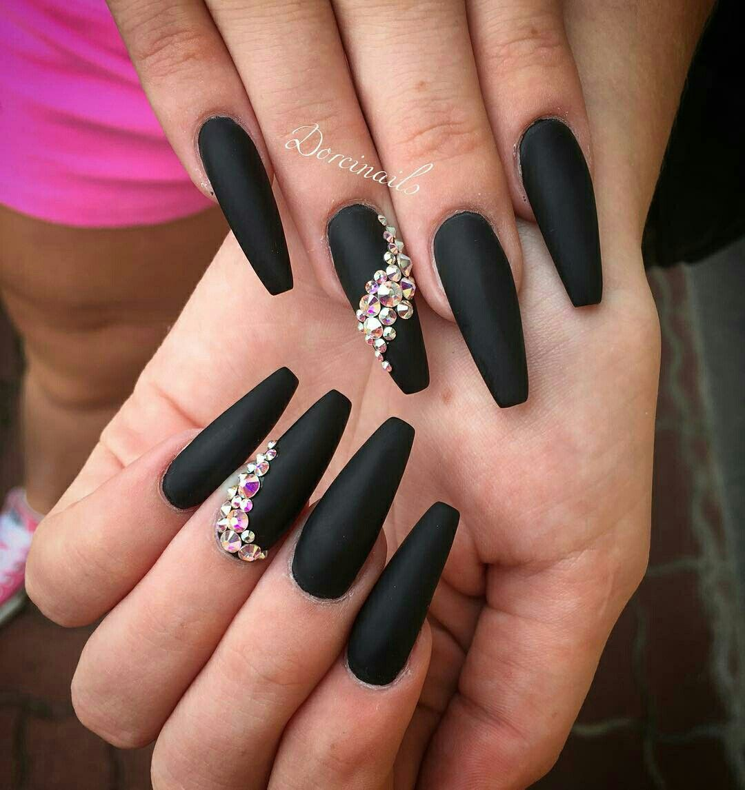 Pin by Vanessa on CLAWS | Black coffin nails, Coffin nails ...