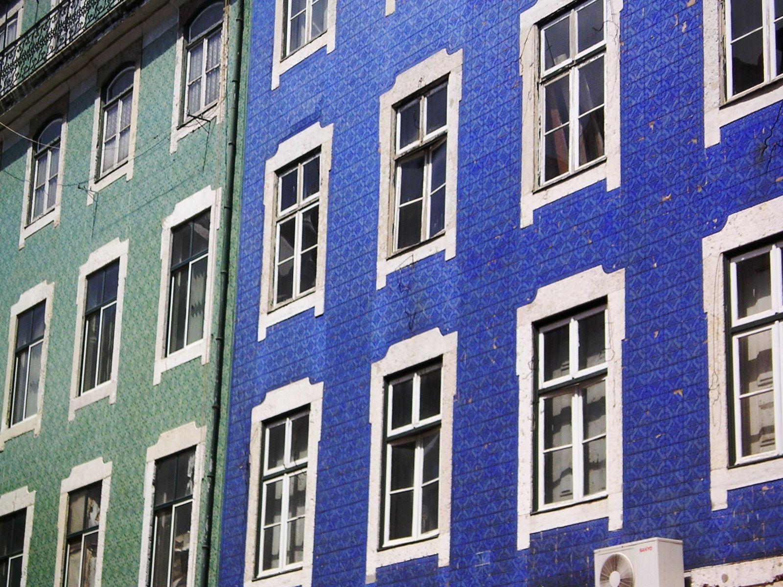 Fachadas alicatadas con azulejos lisboa portugal for Fachadas con azulejo