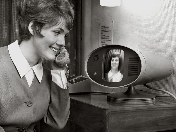 Bell Systems Picture phone, 1964    ( Retro Future - Retro Futurism - Vintage Sci Fi - futre home / video phone - Atomic Age )