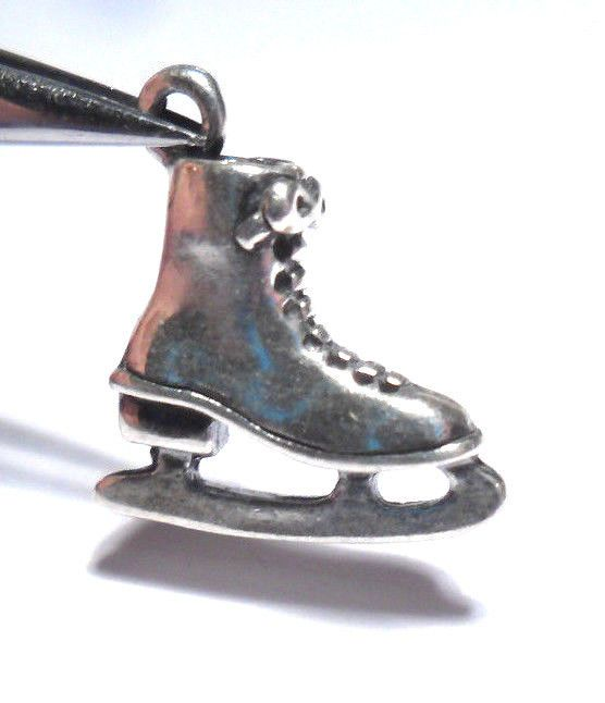 VINTAGE ICE SKATING SKATE SHOE WINTER SPORT 3D STERLING SILVER 925 PENDANT CHARM #Unbranded #Traditional