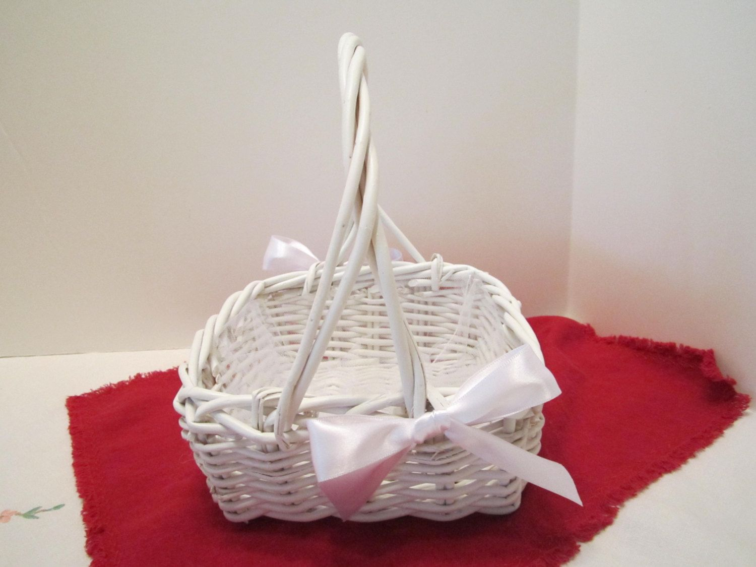 Flower girl basket white wicker basket dressed up and wedding flower girl basket white wicker basket dressed up and wedding ready by vkvdesigns on mightylinksfo