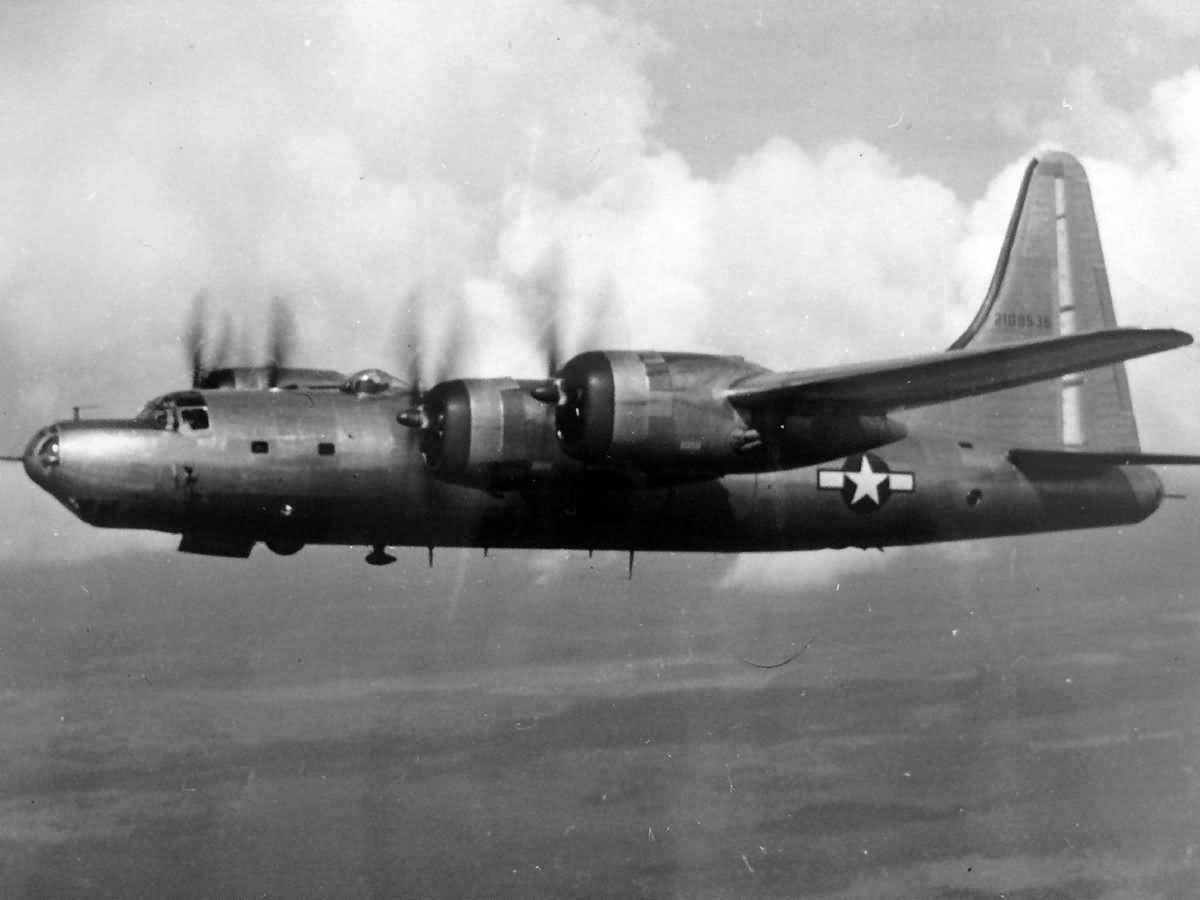 B-32 Dominator в полете, 1945 год   Авиация, История и ...