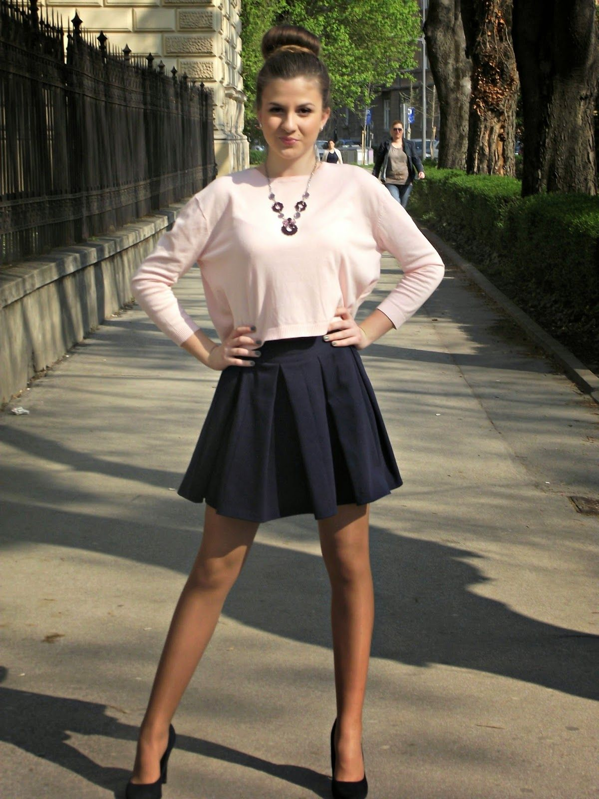 Viva la fashion #tan #pantyhose #legs #blogger | Blogger Outfit 2 ...