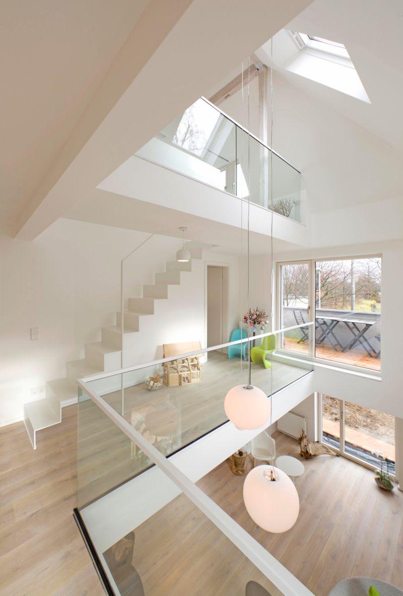 Bildergebnis Fur Galerie Luftraum Uber Drei Etagen Treppe Ideen Haus Innenarchitektur Wohnungsplanung