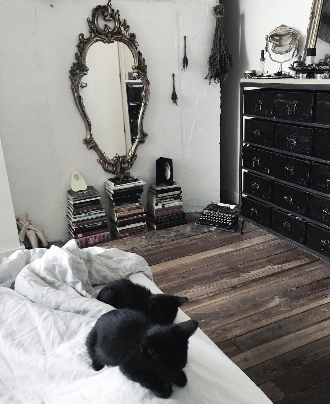 8 127 Likes 32 Comments Aviv Grimm Grimvr On Instagram Left Home For A Few Days And Already Missing These Litt Goth Home Decor Gothic Room Gothic House