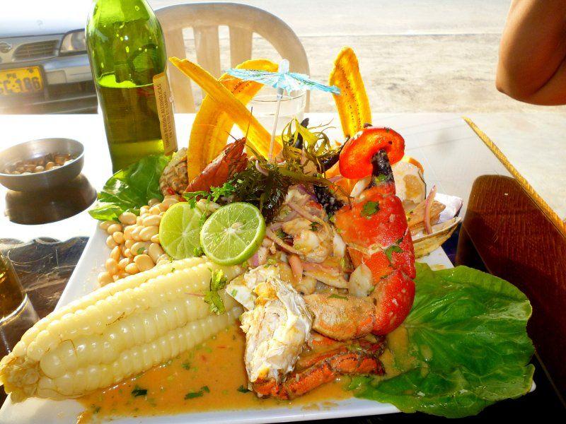 Cebiche Mixto Cebiche Ceviche Choclo Camarones Pilsen Cerveza Limon Peru Comida Gastronomia Peruvian Cooking Food Bon Appetit Vegetables