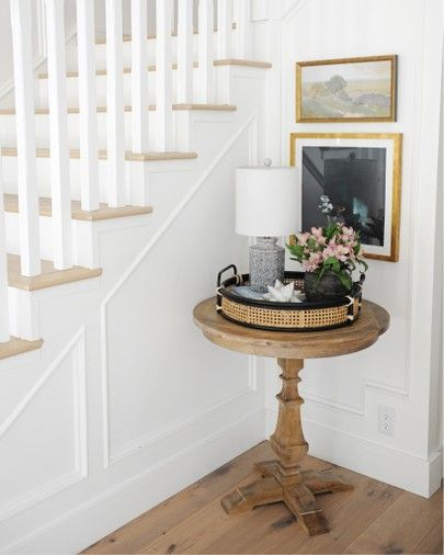 Love this pretty little entry way table.  It's the perfect height and size for a small space.  #PinkPeppermintDesign #homedecor #interiordesign #entryway #homedecorideas #affiliate