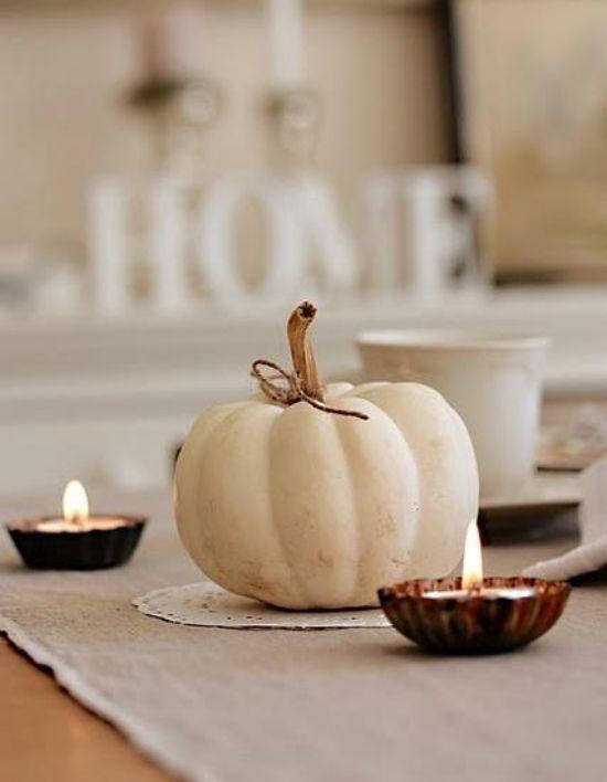 Diese Wunderschöne Herbstdeko Ideen In Weiß Unterscheiden Sich Von Den  Gewöhnlichen Herbstelementen Mit Hervorragendem Stil Und Gewisser Eleganz.  Lassen