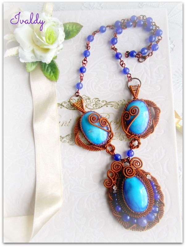 Wire wrapped necklace with Purplish Blue Agate stones by https://www.facebook.com/dwear.instyle
