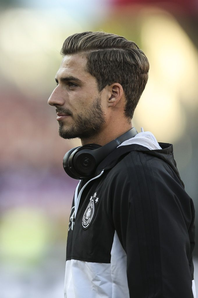 Pin By Barcagirl22 On Kevin Trapp Soccer Players Athlete Goalkeeper