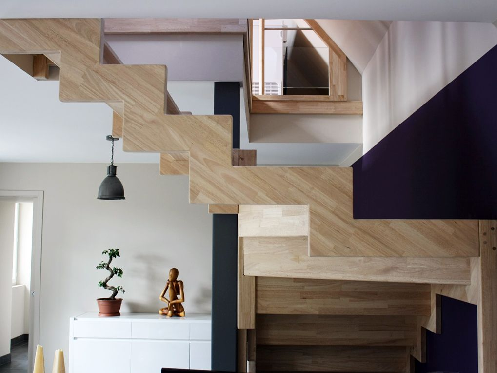 R novation et am nagement d 39 un ancien corps de ferme peinture mauve et pose d 39 un escalier bois - Maison bretonne moderne ...