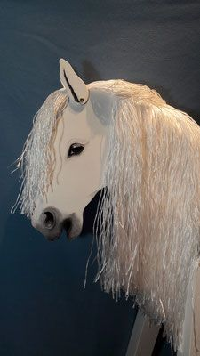 Unsere Weisse Eisfee Holzpferd Holzpferd Voltigierpferd Holzpferd Garten