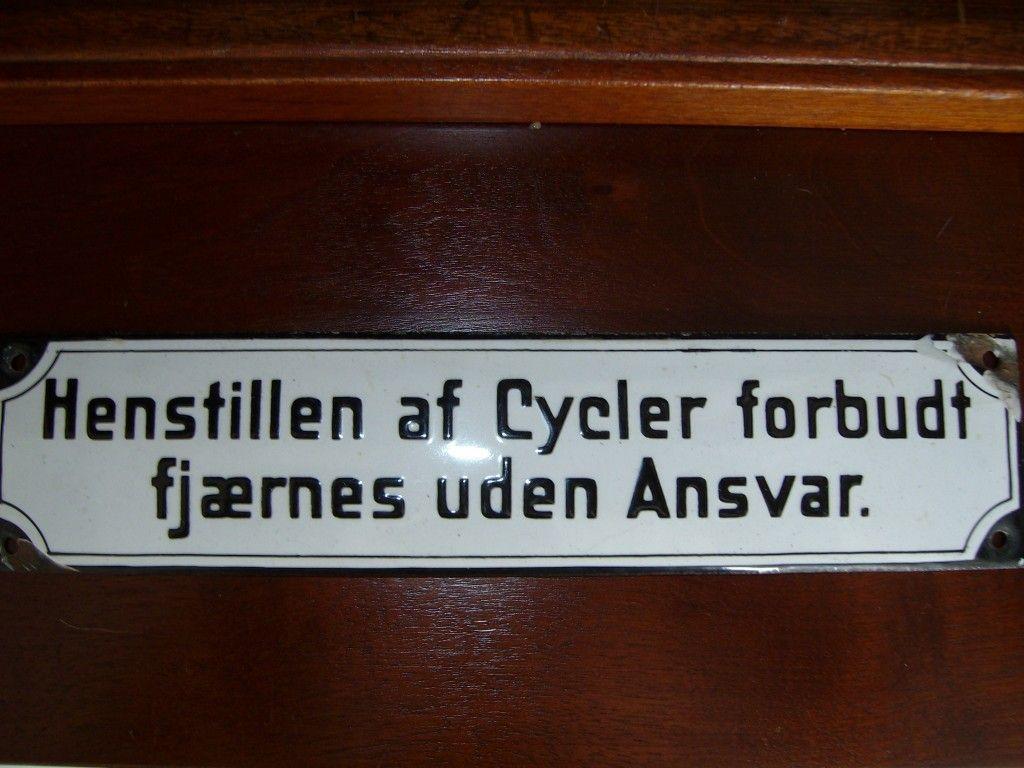 Galleri – Emaljeskilte « Gamleskilte.dk