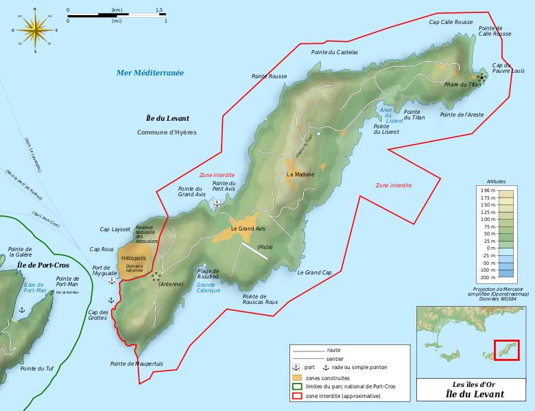 France VardeProvence les dHyres Ile du Levant Centre