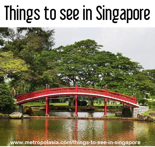 A Chinese style bridge in Singapore\u0027s Chinese  Japanese gardens - chinesischer garten brucke