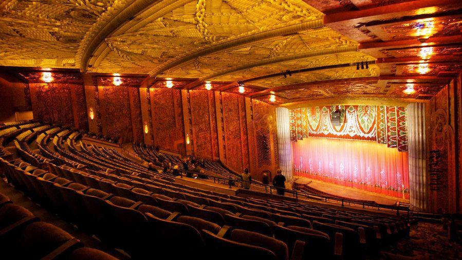 12 Historic Movie Theaters Landmarks Historic Theater Historical