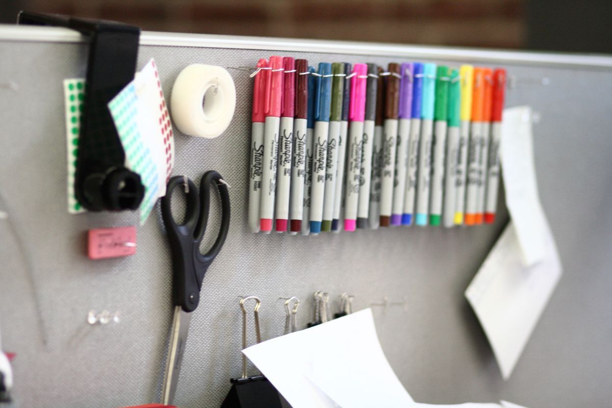 office cube accessories. 20 Cubicle Decor Ideas To Make Your Office Style Work As Hard You Do Cube Accessories E