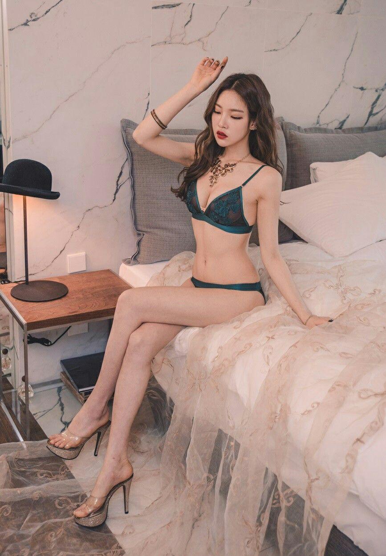 Zobraziť viac. AOA ♡ Seolhyun Snsd, Sexy Nohy.