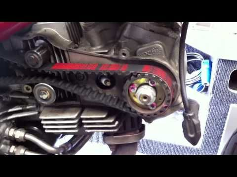 ducati monster 696 first oil change + screen cleaning - youtube