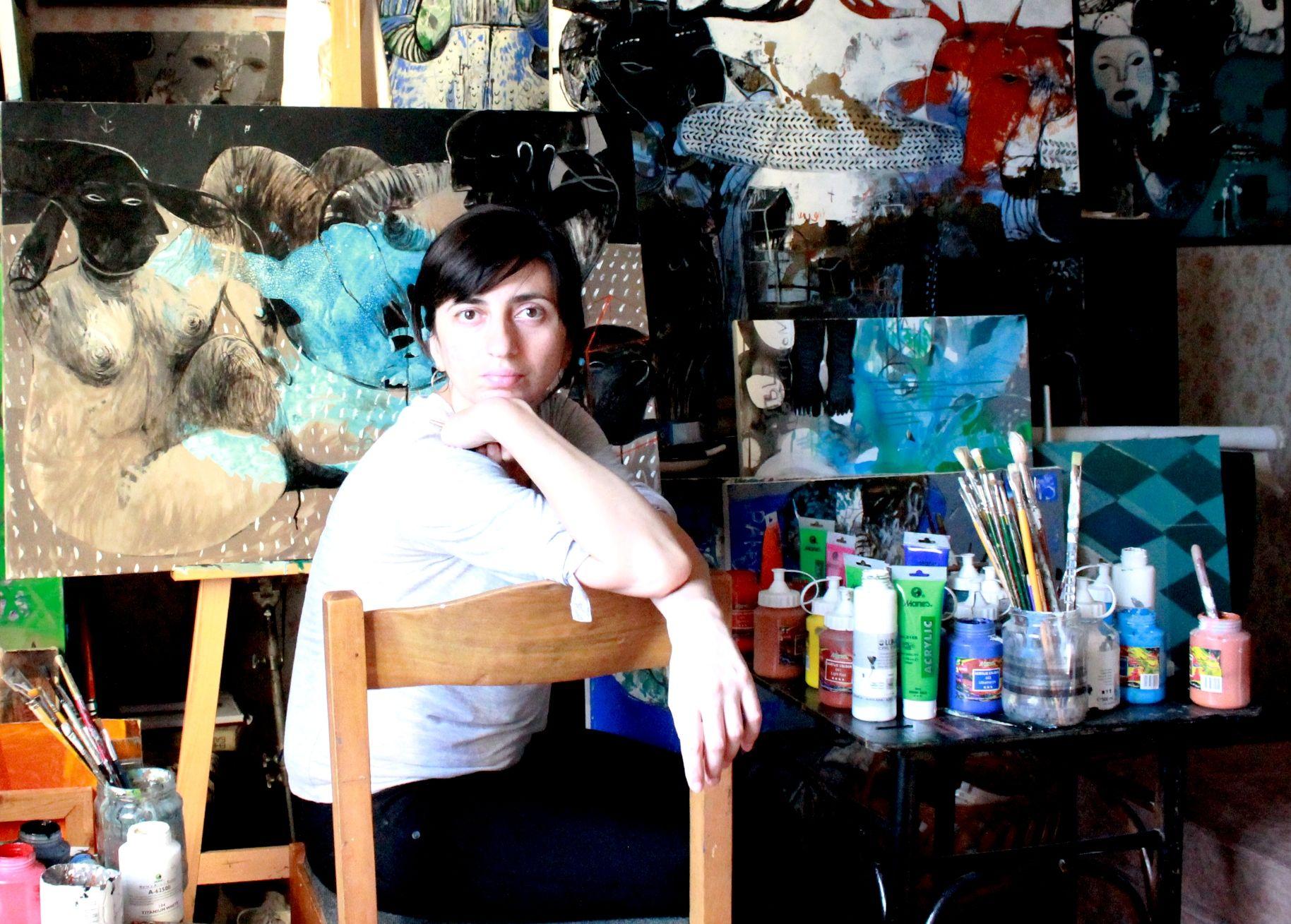Rusudan Khizanishvili in studio