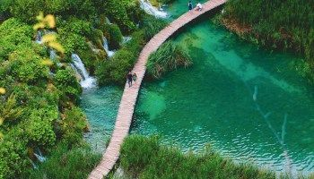 Plitvice Lakes National Park, Croatia – A Complete Guide -  Niagara Falls Canada and USA- One of the 7 Natural Wonders of the World  - #catnoir #Complete #Croatia #frozenelsa #guide #Lakes #miraculousladybug #National #Onward #Park #Plitvice #SpongeBob #WonderPark